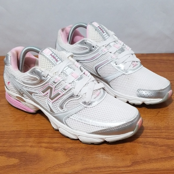 plus récent 131d0 76f0a New Balance 615 Breast Cancer Walking Shoes